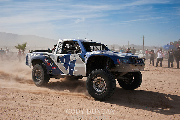 Mcmillin trophy truck arrives at finish of 2011 San Felipe Baja 250