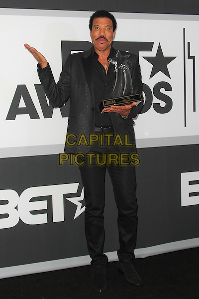 Los Angeles, CA - June 29:  Lionel Richie attends the 2014 BET Awards - Press Room at The Nokia Theatre  in Los Angeles, California on June 29, 2014.  <br /> CAP/MPI/RTNUPA<br /> &copy;RTNUPA/MediaPunch/Capital Pictures