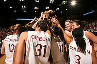 17 March 2007: Christy Titchenal, Morgan Clybrun, Candice Wiggins, Jayne Appel, Jillian Harmon, and Markisha Coleman huddle during Stanford's 96-58 win over Idaho State in the first round of the NCAA women's basketball tournament at Maples Pavilion in Stanford, CA.