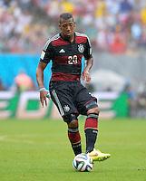 FUSSBALL WM 2014  VORRUNDE    GRUPPE G    in Recife USA - Deutschland                  26.06.2014 Jerome Boateng (Deutschland) am Ball