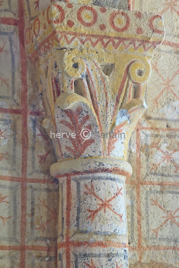 France, Cantal (15), Chastel-sur-Murat, la chapelle Saint-Antoinen chapiteau peint du choeur // France, Cantal, Chastel sur Murat, the chapel St Antoine, painted capital