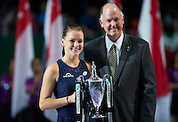 AGNIESZKA RADWANSKA (POL), STEVE SIMON<br /> <br /> WTA FINALS, SINGAPORE INDOOR STADIUM, SINGAPORE SPORTS HUB, SINGAPORE, 2015