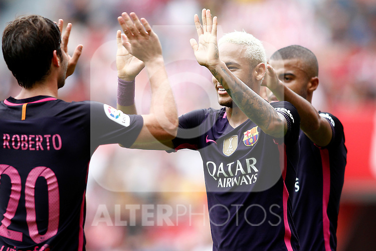 FC Barcelona's Sergi Roberto, Neymar Santos Jr and Rafinha Alcantara celebrate goal during La Liga match. September 24,2016. (ALTERPHOTOS/Acero)
