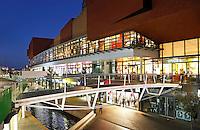 Nederland Zaandam 2015. Het vernieuwde centrum van Zaandam.  Foto Berlinda van Dam / Hollandse Hoogte