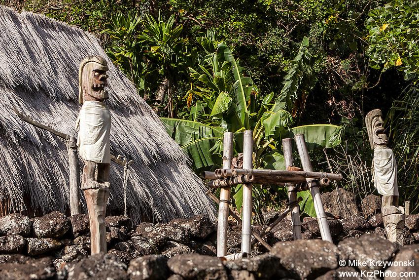 Tiki Statues at Hale O Lono Heiau, Waimea Valley, O'ahu