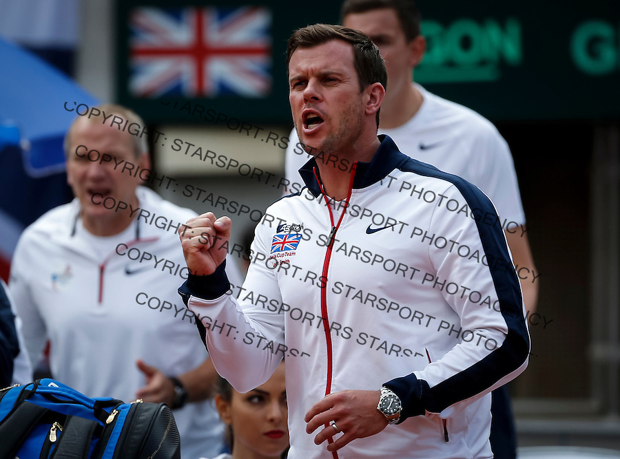 BELGRADE, SERBIA - JULY 16:Team captain Leon Smith (R) of Great Britain reacts during the Davis Cup Quarter Final match between Serbia and Great Britain on Stadium Tasmajdan on July 16, 2016 in Belgrade, Serbia. (Photo by Srdjan Stevanovic/Getty Images)