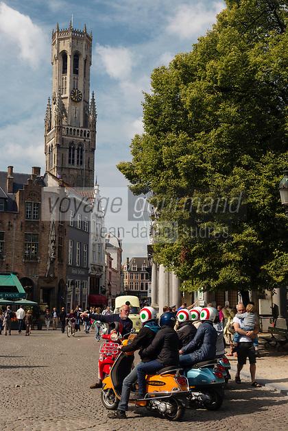 Belgique, Flandre-Occidentale, Bruges, centre historique classé Patrimoine Mondial de l'UNESCO, Place du Burg , Place du Bourg) et le beffroi , visite de la ville en vespa // Belgium, Western Flanders, Bruges, historical centre listed as World Heritage by UNESCO, The Burg and  Belfry Tower