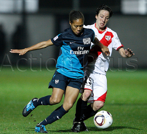 3.11.2011 Madrid, Spain, UEFA women's Champions League 2011/2012, Stadium Ciudad deportiva Rayo Vallecano, Rayo Vallecano vs Arsenal Ladies. Picture show Rachel Yankey beating Burgos