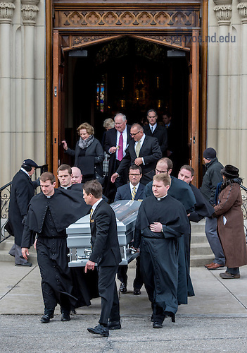 Mar. 4, 2015; Pallbearers carry the casket of President Emeritus Rev. Theodore M. Hesburgh out of the Basilica of the Sacred Heart following the funeral Mass. (Photo by Barbara Johnston/University of Notre Dame)