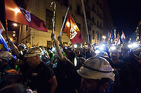 "The countdown has begun. On Monday the so-called ""black march"" of miners descended on the outskirts of the capital after a grueling advance of some 430 kilometers, often in searing heat. The northern column, which set out from Asturias, Palencia and LeÛn over two weeks ago, reached the suburb of Aravaca on Monday afternoon, where they were greeted by applause and cheers of support from residents."