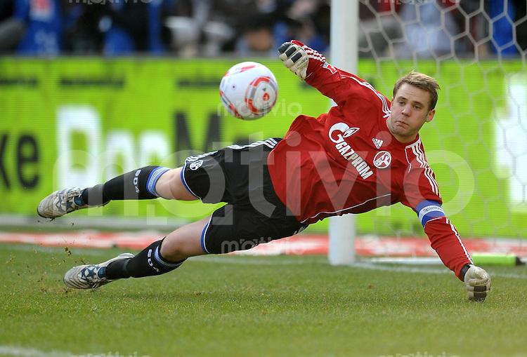 Fussball 1. Bundesliga:  Saison   2010/2011    25. Spieltag VfB Stuttgart - FC Schalke 04   05.03.2011 Torwart Manuel Neuer (FC Schalke 04)