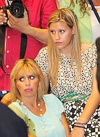 Manifestazione  di Forza Italia<br /> nella foto  Alessandra Mussolini con la figlia