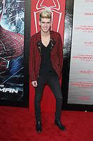 Colton Dixon at the premiere of Columbia Pictures' 'The Amazing Spider-Man' at the Regency Village Theatre on June 28, 2012 in Westwood, California. © mpi22/MediaPunch Inc. *NORTEPHOTO.COM*<br /> **CREDITO*OBLIGATORIO** *No*Venta*A*Terceros* *No*Sale*So*third* *No*Se *Permite*Hacer*Archivo**
