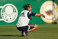 SAO PAULO, SP, 23.09.2014 - TREINO PALMEIRAS - O jogador do Palmeiras, Valdivia, durante o treino no CT do Palmeiras na Barra funda nesta terça-feira (23). (Foto: Marcelo Brammer / Brazil Photo Press)