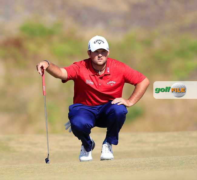 Patrick Reed (USA) lines up his  putt on the 9th green during Saturday's Round 3 of the 2015 U.S. Open 115th National Championship held at Chambers Bay, Seattle, Washington, USA. 6/21/2015.<br /> Picture: Golffile | Eoin Clarke<br /> <br /> <br /> <br /> <br /> All photo usage must carry mandatory copyright credit (&copy; Golffile | Eoin Clarke)