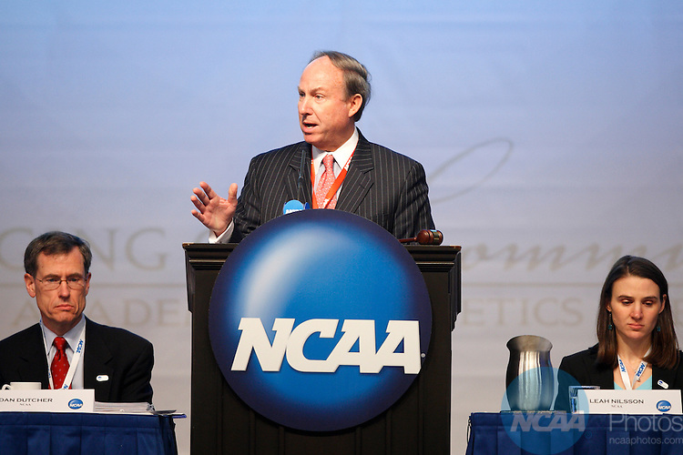 2009 Jan 17: Delegates attend the Division III Business Session during the 2008 NCAA Convention at the Gaylord National Resort and Convention Center in National Harbor, MD.  Trevor Brown, Jr/NCAA Photos..Pictured: Dan Dutcher, Paul Trible, Leah Nilsson