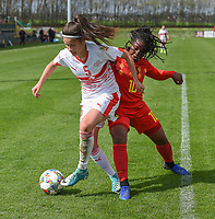 20190403  - Tubize , BELGIUM : Belgian Esther Buabadi (R) and Swiss Kattalin Stahl (L) pictured during the soccer match between the women under 19 teams of Belgium and Switzerland , on the first matchday in group 2 of the UEFA Women Under19 Elite rounds in Tubize , Belgium. Wednesday 3 th April 2019 . PHOTO DIRK VUYLSTEKE / Sportpix.be