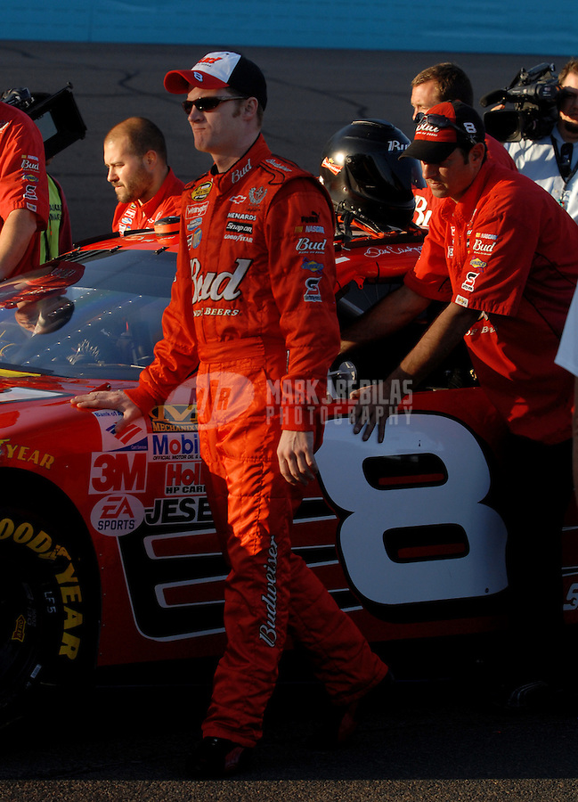 Nov. 10, 2006; Avondale, AZ, USA; Nascar Nextel Cup driver Dale Earnhardt Jr (8) during qualifying for the Checker 500 at Phoenix International Raceway. Mandatory Credit: Mark J. Rebilas