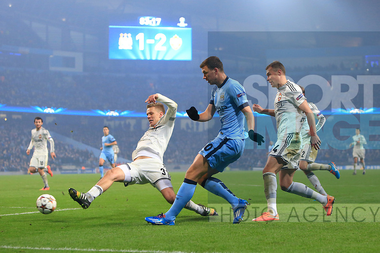 Edin Dzeko of Manchester City in action - Manchester City vs. CSKA Moscow - UEFA Champions League - Etihad Stadium - Manchester - 05/11/2014 Pic Philip Oldham/Sportimage