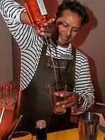 Signature Cocktail, Bar im Hotel Courtyard by Marriott Hamburg City, Adenauerallee 52 , Hamburg, Deutschland, Europa<br /> Signature Cocktail, bar in Hotel Courtyard by Marriott Hamburg City, Adenauerallee 52 , Hamburg, Germany, Europe