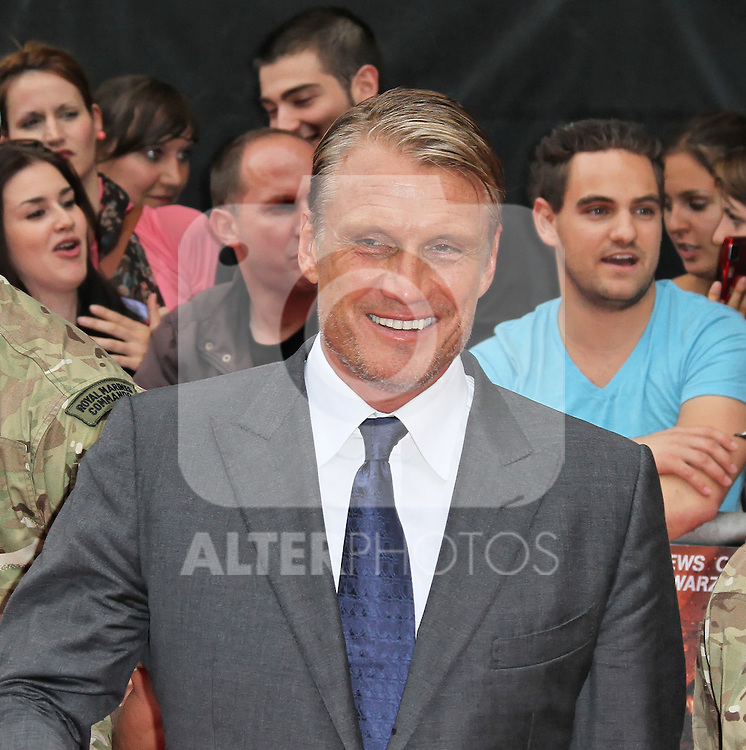 LONDON - AUGUST 13: Dolph Lundgren attended the UK Film Premiere of 'The Expendables 2', Leicester Square, London, UK. August 13, 2012. (Photo by Richard Goldschmidt) /NortePhoto.com.... **CREDITO*OBLIGATORIO** *No*Venta*A*Terceros*..*No*Sale*So*third* ***No*Se*Permite*Hacer Archivo***No*Sale*So*third*