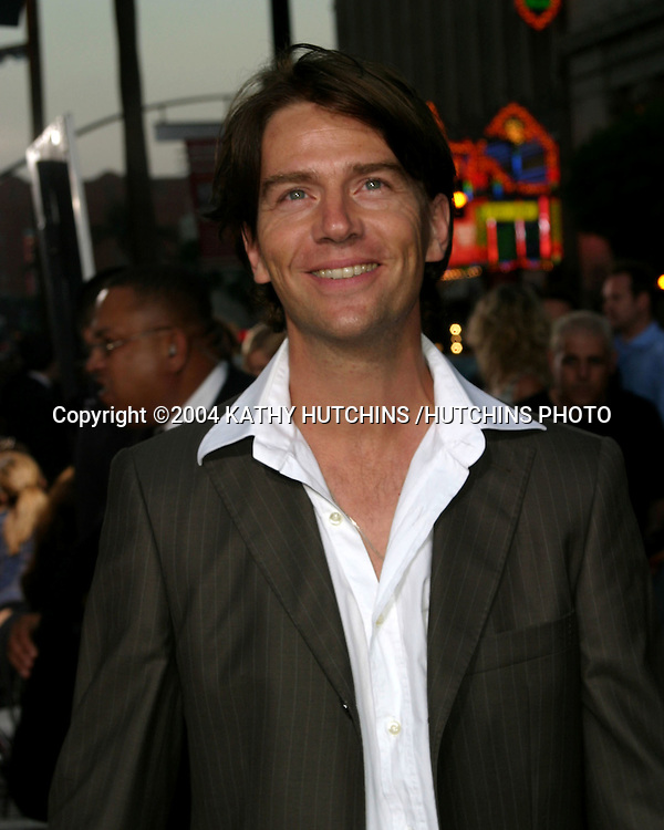 "©2004 KATHY HUTCHINS /HUTCHINS PHOTO.""EXORCIST THE BEGINNING"" PREMIERE.GRAUMAN'S CHINESE THEATER.LOS ANGELES, CA.AUGUST 18, 2004..ANTONY KAMERLING"
