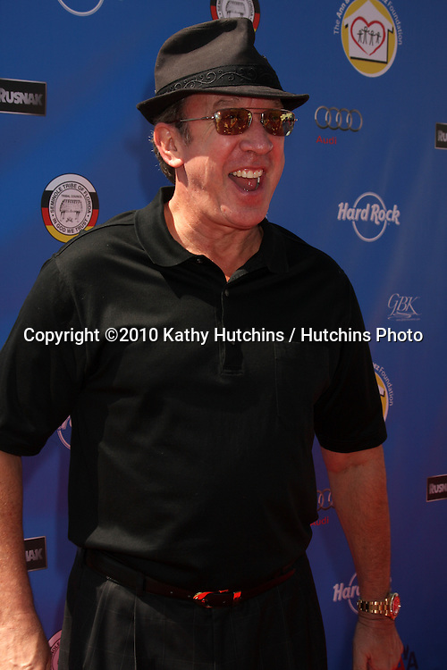 Tim Allen.arrives at  the George Lopez Golf Tournament .Lakeside Golf Club.Toluca Lake, CA.May 3, 2010.©2010 Kathy Hutchins / Hutchins Photo...