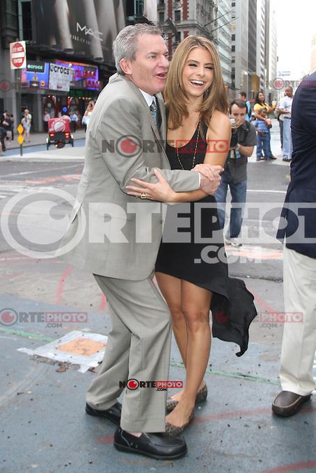 NEW YORK, NY - JULY 31: Maria Menounos celebrates Crocs Tenth Anniversary by ringing the NASDAQ bell at 4 Times Square on July 31, 2012 in New York City. Credit: RW/MediaPunch Inc. /NortePhoto.com<br /> <br /> **SOLO*VENTA*EN*MEXICO**<br /> **CREDITO*OBLIGATORIO** <br /> *No*Venta*A*Terceros*<br /> *No*Sale*So*third*<br /> *** No Se Permite Hacer Archivo**<br /> *No*Sale*So*third*