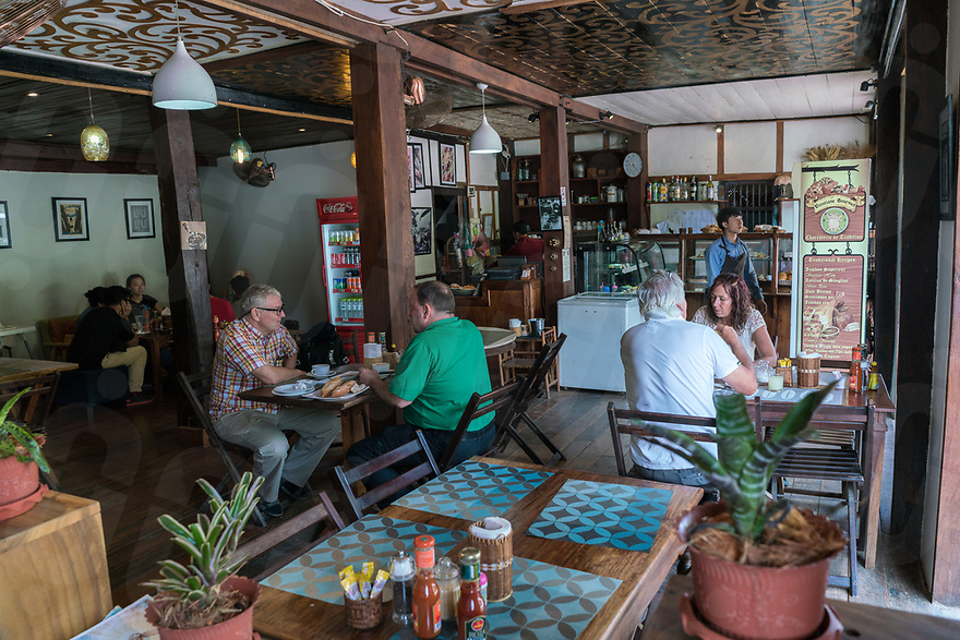 May 07, 2017 - Luang Prabang (Laos). People have breakfast at Le Banneton, one of the most famous cafe and bakery in town. © Thomas Cristofoletti / Ruom