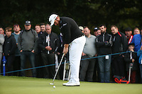 Shane Lowry (IRL) misses a birdie chance on the 16th during the Final Round of the British Masters 2015 supported by SkySports played on the Marquess Course at Woburn Golf Club, Little Brickhill, Milton Keynes, England.  11/10/2015. Picture: Golffile | David Lloyd<br /> <br /> All photos usage must carry mandatory copyright credit (&copy; Golffile | David Lloyd)
