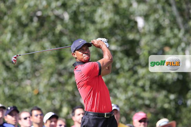 Tiger Woods (USA) tees off the 14th tee during Sunday's Final Round of the 2013 Bridgestone Invitational WGC tournament held at the Firestone Country Club, Akron, Ohio. 4th August 2013.<br /> Picture: Eoin Clarke www.golffile.ie