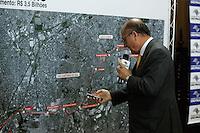 SAO PAULO, SP , 04 DE JULHO DE 2013. LANCAMENTO DA CONSULTA PUBLICA LINHA BRONZE DO METRO. O governador de São Paulo, Geraldo Alckmin, durante o lançamento de consulta pública do edital da Parceria Publico-Privada de construção da linha 18-Bronze do Metrô que ligará a capital ao Grande ABC pelo sistema de monotrilho. O evento aconteceu no palácio dos Bandeirantes, na manhã desta quinta feira. FOTO ADRIANA SPACA/BRAZIL PHOTO PRESS