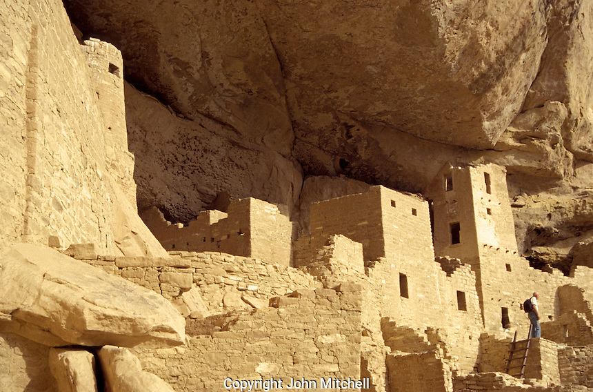 Cliff Palace cliff dwellings at Mesa Verde National Park, Colorado, U.S.A.