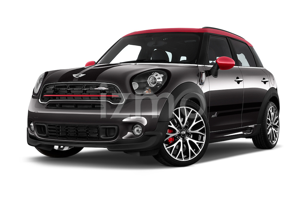 Stock pictures of low aggressive front three quarter view of 2016 MINI Countryman JCW 5 Door Hatchback Low Aggressive