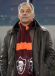 Calcio, Serie A: Roma vs Milan. Roma, stadio Olimpico, 22 dicembre 2012..AS Roma president James Pallotta wears his team's scarf prior to the Italian Serie A football match between AS Roma and AC Milan at Rome's Olympic stadium, 22 December 2012.UPDATE IMAGES PRESS/Riccardo De Luca