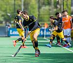 BLOEMENDAAL - Joaquin Menini Suero (Den Bosch)     tijdens de hoofdklasse competitiewedstrijd hockey heren,  Bloemendaal-Den Bosch (2-1) COPYRIGHT KOEN SUYK