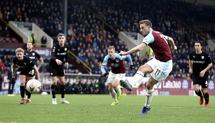 Burnley's Chris Wood scores the winning goal from the penalty spot<br /> <br /> Photographer Rich Linley/CameraSport<br /> <br /> Emirates FA Cup Third Round - Burnley v Barnsley - Saturday 5th January 2019 - Turf Moor - Burnley<br />  <br /> World Copyright © 2019 CameraSport. All rights reserved. 43 Linden Ave. Countesthorpe. Leicester. England. LE8 5PG - Tel: +44 (0) 116 277 4147 - admin@camerasport.com - www.camerasport.com