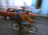 11 FEB 2003 - SANTA CLARA, CUBA - Cubans make their way to work and school (PHOTO (C) NIGEL FARROW)