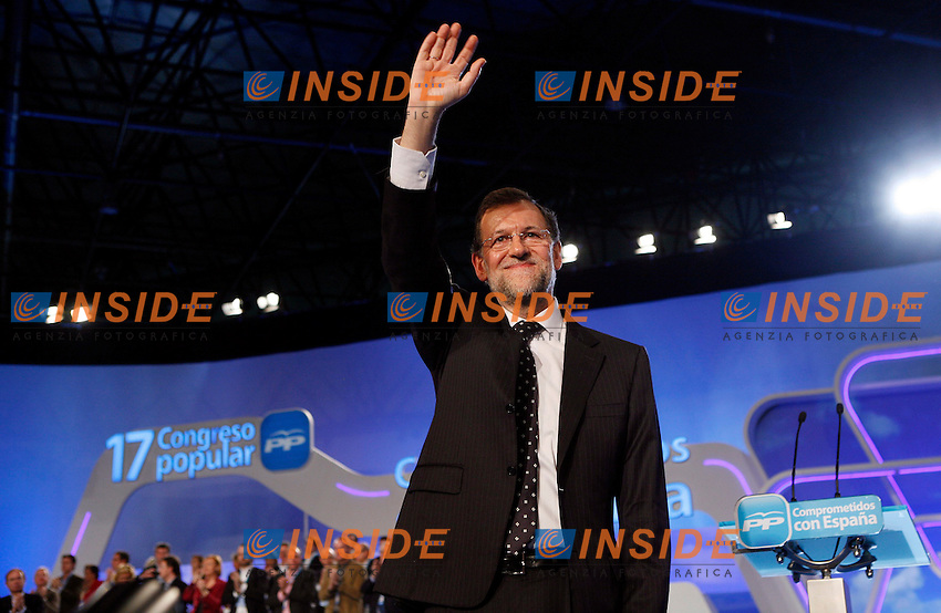 Spanish Prime Minister Mariano Rajoy gestures during the last day of the 17º Meeting of Spainish People's Party in Sevilla, 19 February 2012. PHOTO Insidefoto / Jose Antonio de Lamadrid / Anatomica Press