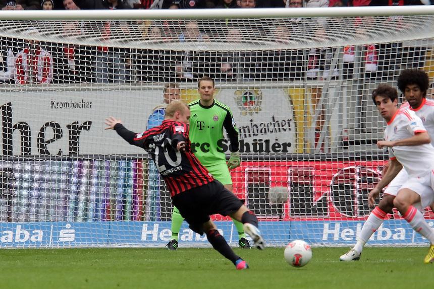 Sebastian Rode (Eintracht) zieht ab