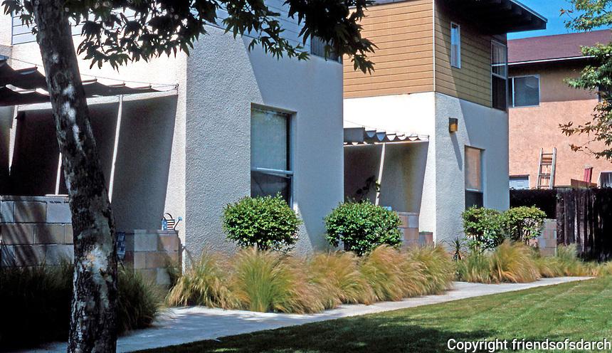 Studio E: Emerald Garden Townhomes, Escondido 2001. (Photo '04)