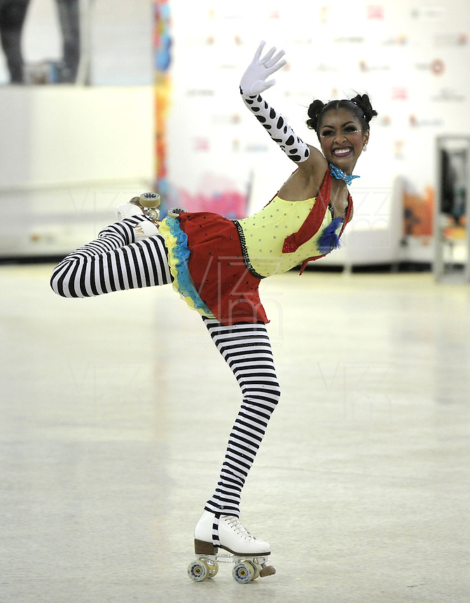 CALI – COLOMBIA – 22 – 09 – 2015: Kayla Rodriguez, deportista de Estados Unidos, Solo Danza Mayores  Damas en el LX Campeonato Mundial de Patinaje Artistico, en el Velodromo Alcides Nieto Patiño de la ciudad de Cali. / Kayla Rodriguez, sportwoman from United States, during the Senior Solo Dance, in the LX World Championships Figure Skating, at the Alcides Nieto Patiño Velodrome in Cali City. Photo: VizzorImage / Luis Ramirez / Staff.