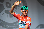 Race leader Red Jersey Pascal Ackermann (GER) Bora-Hansgrohe at sign on before Stage 2 of the Deutschland Tour 2019, running 202km from Marburg to Gottinger, Germany. 30th August 2019.<br /> Picture: ASO/Marcel Hilger | Cyclefile<br /> All photos usage must carry mandatory copyright credit (© Cyclefile | ASO/Marcel Hilger)