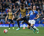 Danny Welbeck of Arsenal out muscles Phil Jagielka of Everton during the Barclays Premier League match at The Goodison Park Stadium. Photo credit should read: Simon Bellis/Sportimage