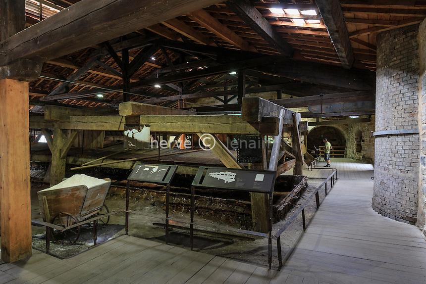 France, Jura (39), Salins-les-Bains, la Grande saline de Salins-les-Bains, classée patrimoine mondial de l'UNESCO, Musée du sel  // France, Jura, Salins les Bains, Grande saline de Salins-les-Bains (Saltworks), listed as World Heritage by UNESCO, Salt Museum