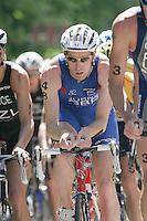 03 SEP 2006 - LAUSANNE,SWITZERLAND - Andrew Johns (GBR) - Elite Mens World Triathlon Championships. (PHOTO (C) NIGEL FARROW)