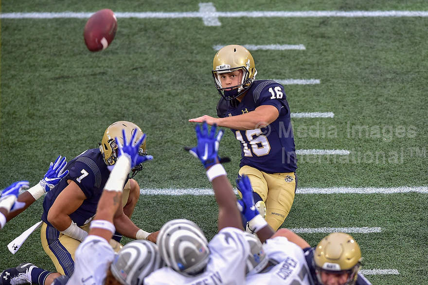 Annapolis, MD - September 8, 2018: Navy Midshipmen place kicker Bennett Moehring (16) kicks a field goal during game between Memphis and Navy at  Navy-Marine Corps Memorial Stadium in Annapolis, MD. (Photo by Phillip Peters/Media Images International)