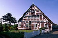 Deutschland, Niedersachsen, Altes Land, Fachwerkhaus von H.Quast in Borstel