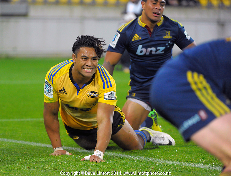 Julian Savea reacts to the ball going out during the Super Rugby match between the Hurricanes and Highlanders at Westpac Stadium, Wellington, New Zealand on Friday, 16 May 2014. Photo: Dave Lintott / lintottphoto.co.nz