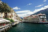Italy, Lombardia, Lake Garda, Limone: landing stage, cafes, ferry